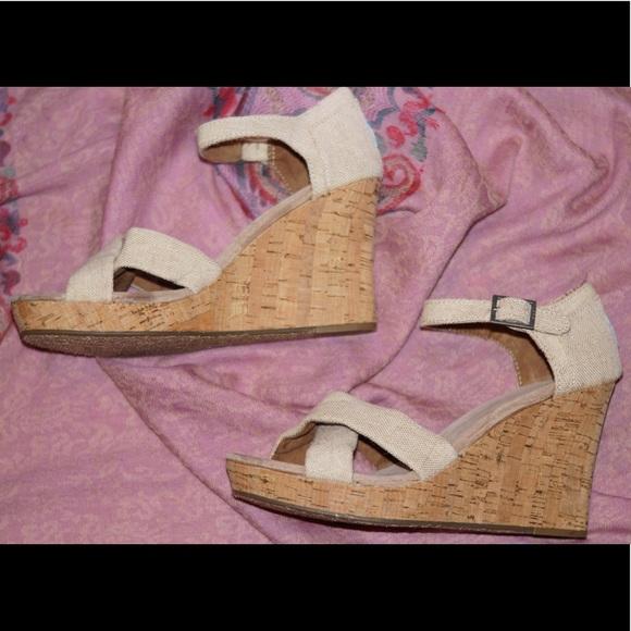 39d6b0e4d202c Toms Shoes   Natural Yarn Dye Womens Sienna Wedges   Poshmark